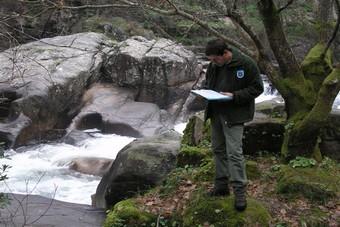 Unha xornada de traballo polo río Oitavén, Soutomaior, Pontevedra.